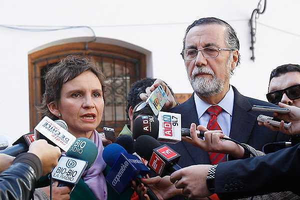 Toh�: Ingreso de Carabineros a la U. de Chile 'super� todos los l�mites'