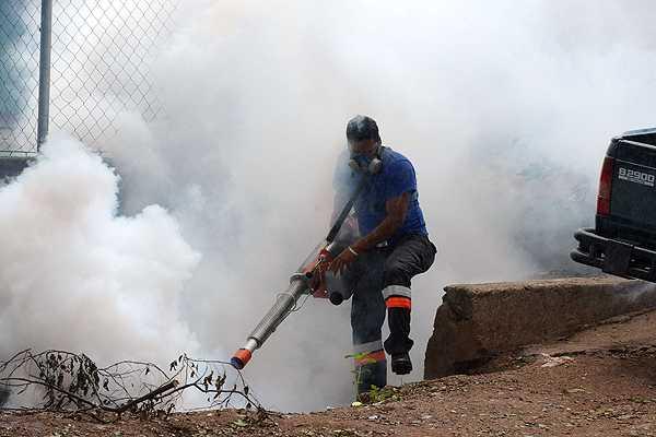 Aumentan a siete muertes por dengue hemorr�gico en Honduras