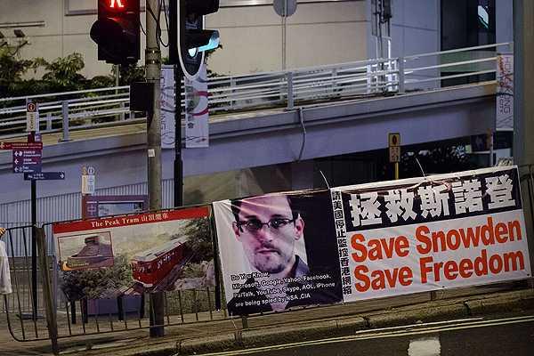 Edward Snowden fue ayudado por Wikileaks para abandonar Hong Kong 'de forma segura'