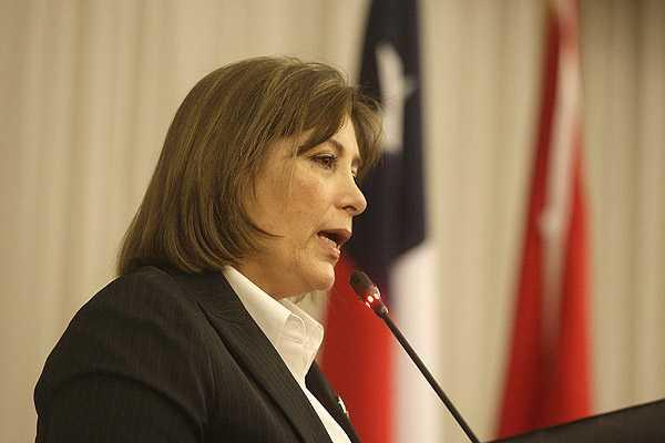 Canciller de Perú afirma estar 'convencida' de que La Haya no admitirá la posición de Chile