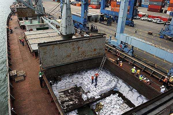 Panam�: Hallan fuselaje en buque norcoreano proveniente de Cuba