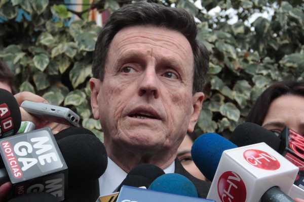 Presidente de RN lamenta decisión de Allamand y mantiene postura crítica hacia Matthei