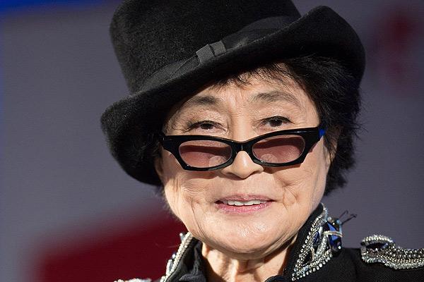 Yoko Ono pide el fin d...