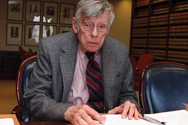 Juez de EE.UU. califica de  inválida e ilegal  propuesta argentina sobre deuda