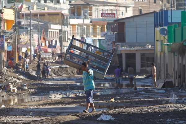 Tragedia en el norte: Bomberos dice que hay 91 personas desaparecidas en Chañaral